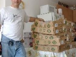 Delivering food to Gaza evacuees