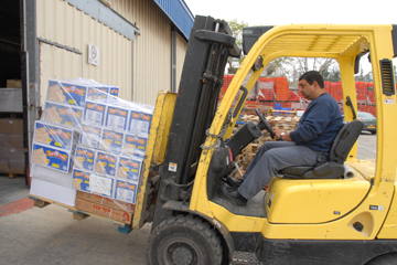 Loading warehouse for packing preparation