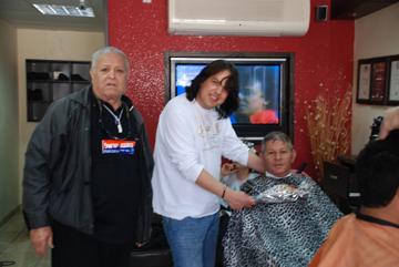 Jacques Cohen at the barber shop
