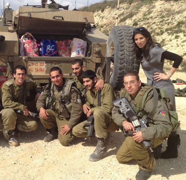 Delivering mishloach manot to soldiers