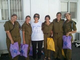 Volunteer with soldiers